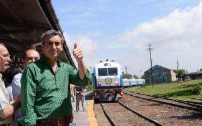 Chascomus: Randazzo recibió el primer tren de fin de semana que llega desde Capital Federal