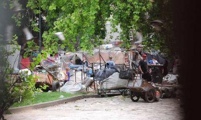 Avanzan con el desalojo de una plaza tomada hace 23 años en San Telmo