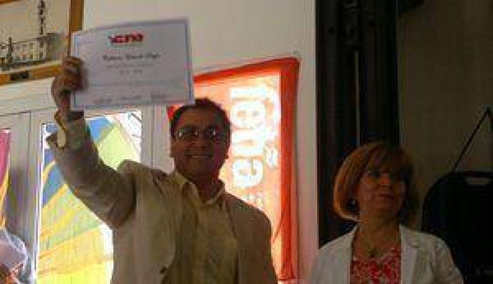Autoridades locales: Sergio Calderón, asumió al frente CTA de los trabajadores