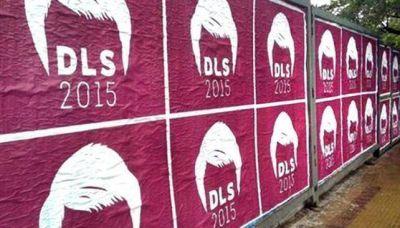 De la Sota: llamativos afiches para tratar de posicionarse