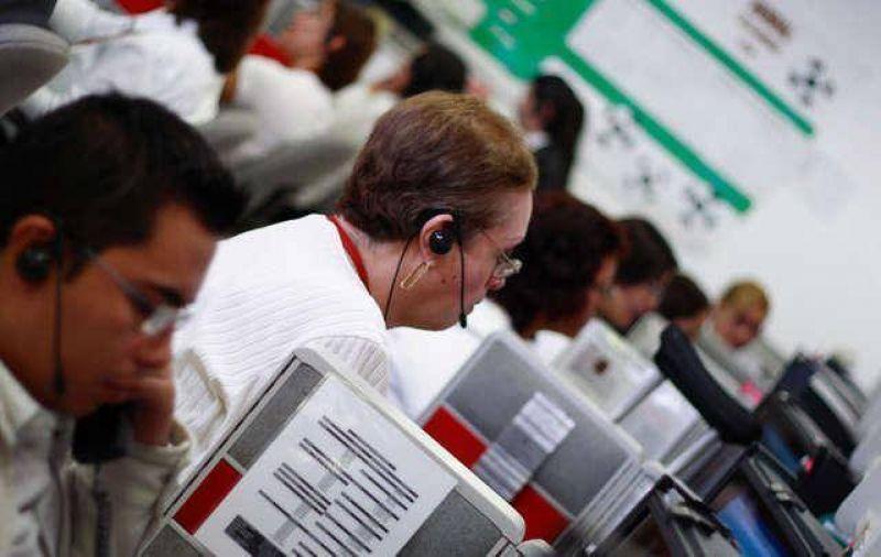 Mantienen tomado call center en C�rdoba por reclamo salarial