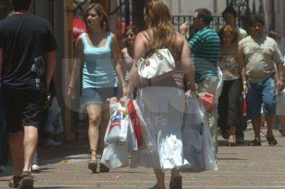 Por la Navidad, los comercios del centro santafesino abrirán sus puertas este domingo