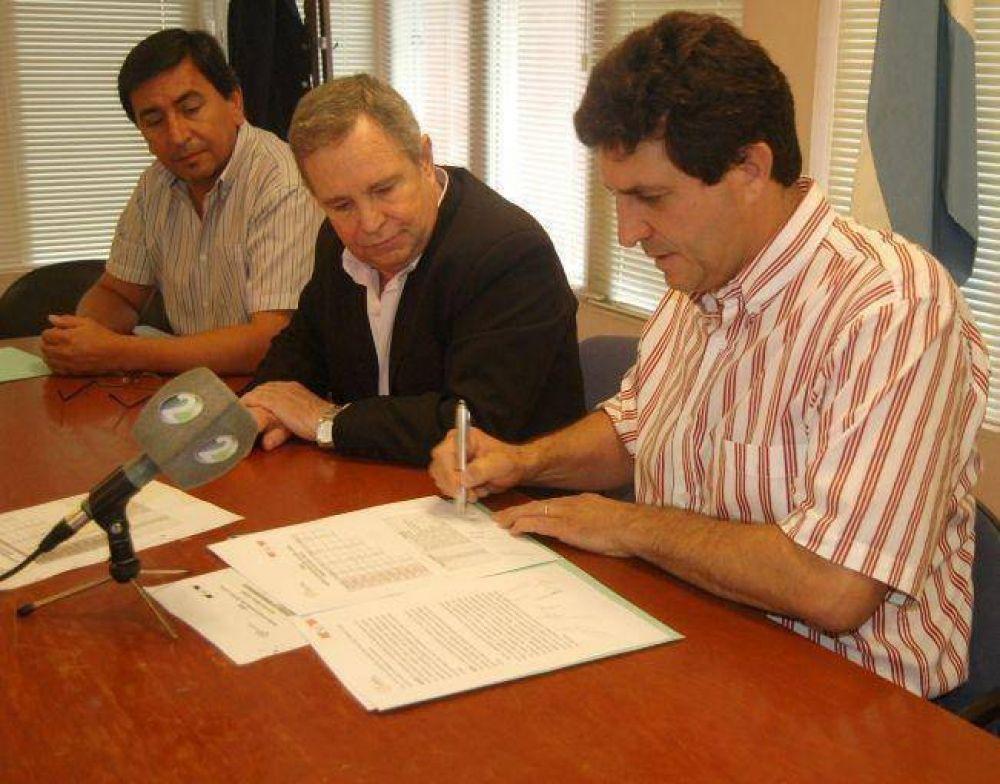 Se firmó la segunda etapa del acuerdo de precios navideños 2014