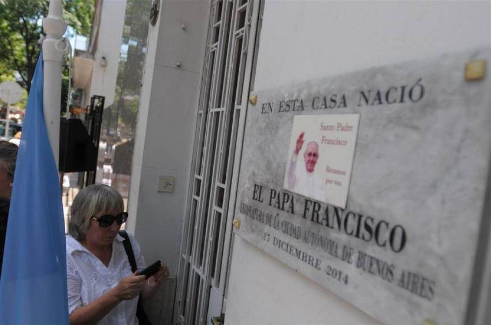 El día de su cumpleaños, homenaje para la casa donde nació el Papa