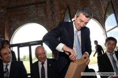 Randazzo anunci� la construcci�n de un Metrobus e infraestructura para un tren urbano en Santa Fe