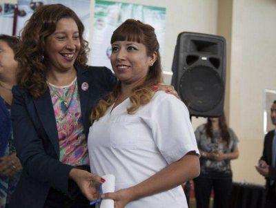 Weretilneck entregó diplomas a egresados del IPAP