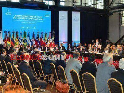 Cumbre del Mercosur: El almuerzo de los presidentes y algunas apostillas de color