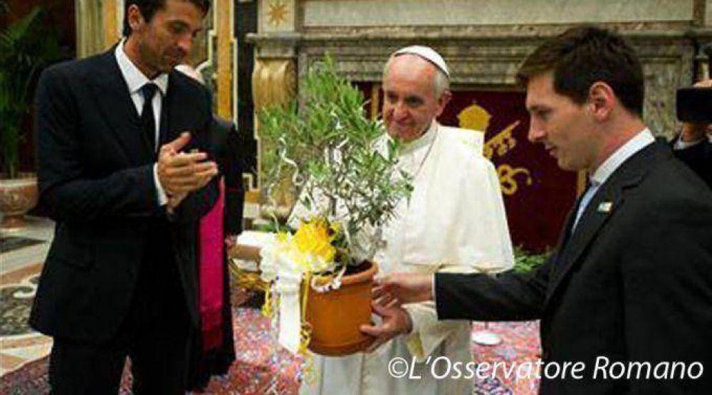 Así saludó Messi al Papa Francisco por su cumpleaños