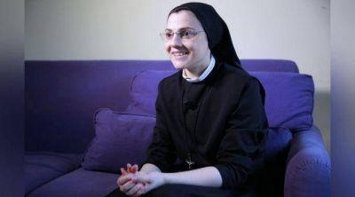"""El Papa Francisco """"tiene una luz que penetra el alma"""", afirma Sor Cristina"""