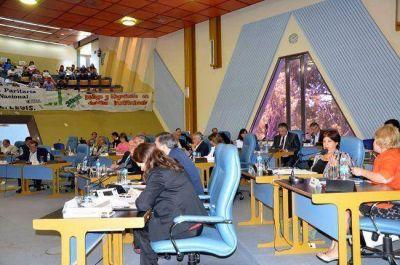 Diputados aprueban el Presupuesto 2015 y ponen 28 millones para terminar el Megaestadio
