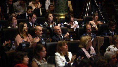 Legislatura: por qué se cayó el Golf y entró Centros Culturales