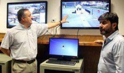 Un moderno sistema de 32 cámaras se instaló en el Puerto