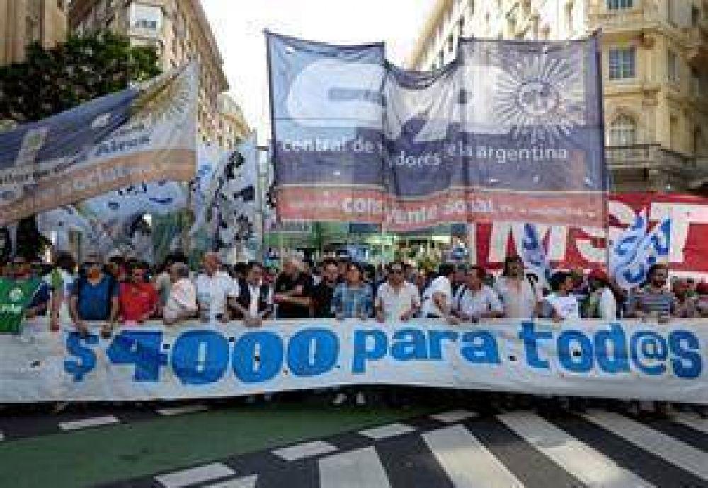 Protesta de la CTA de Micheli por el bono de fin de año