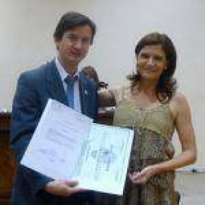 """Otorgan la distinción de """"Reconocimiento Ciudadano"""" a Karina Elisabet Fassi"""