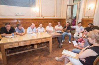 Inza se reunió con el Plenario de Comisiones Vecinales