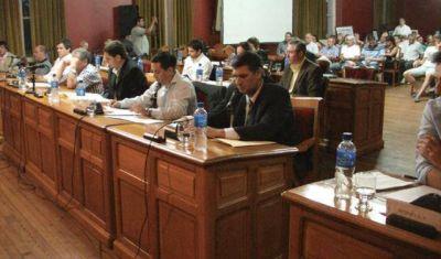 Se suspendió la sesión del Concejo para tratar el Presupuesto y Javier Gabrielli pidió responsabilidad a la oposición