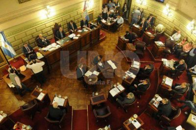 Bonfatti arrancará 2015 con presupuesto y suba de tributos