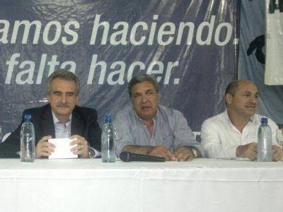 Junto a Agustín Rossi, el PJ de Berisso llevó adelante una charla de precandidatos presidenciales K