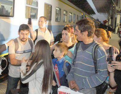 Lleg� el nuevo tren que une a Mar del Plata con Buenos Aires