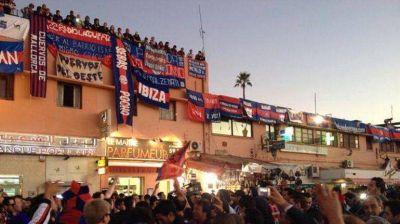 Apoyo, entusiasmo y 'cábala': hasta Viggo Mortensen participó del otro Banderazo de San Lorenzo en Marruecos