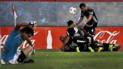 Chicago gritó en Córdoba y vuelve a Primera