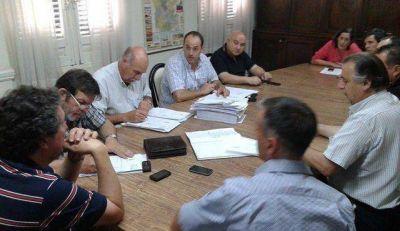 Presupuesto 2015: �no queda otra alternativa que votarlo en soledad�, dijo Salim