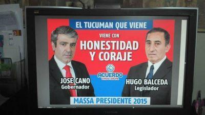 Después del afiche en remera, Massa tiene carteles de un radical que lo apoya para Presidente
