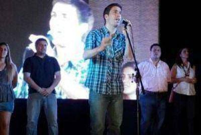 """Ustarroz convocó a la multitud """"construir una ciudad unidad"""""""