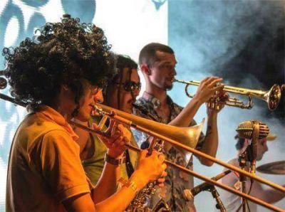 Cañuelas Fest: cierre de año con música y humor