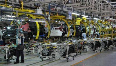 Estaría frenada producción de 12 mil autos en Córdoba