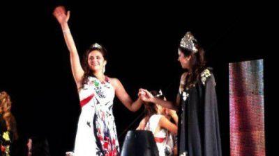 Maribel Urquiza es la nueva Reina vendimial de Santa Rosa