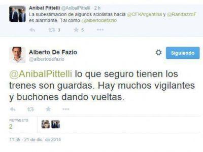 La pelea Scioli-Randazzo mediante los tweets de De Fazio y Pittelli para ver quién la tiene más larga
