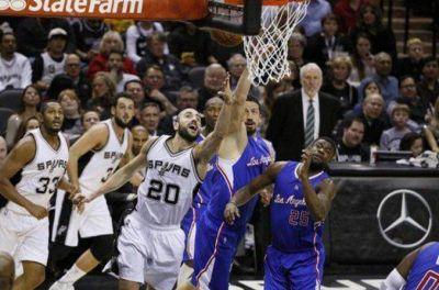Con una gran actuación de Ginóbili, los Spurs volvieron al triunfo frente a Clippers