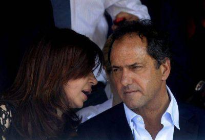 Piden elevar a juicio la causa por espionaje a Scioli y CFK