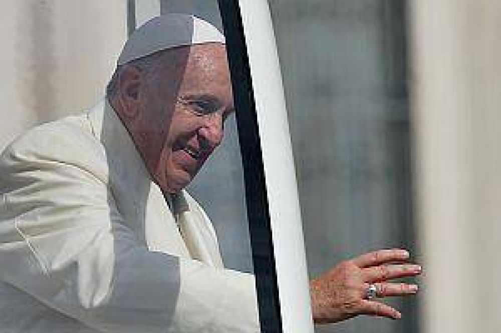 Francisco dedicó carta a los cristianos que son perseguidos