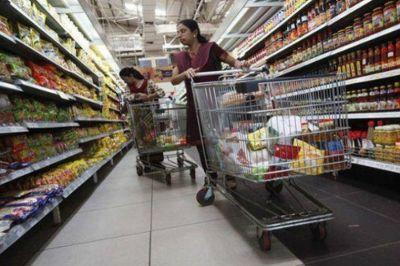 El comercio santafesino acordó atender hasta las 19 para el 24 y 31 de diciembre