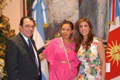 La Gobernadora entreg� aportes a micro emprendedores santiague�os