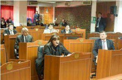Cuestionan modificación al Presupuesto que hizo Diputados