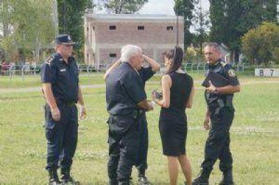Hugo Matzkin llegó a Chivilcoy para acompañar a la familia del policía fallecido