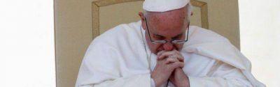 Francisco trabaja a destajo desde las cinco de la mañana e impone su austeridad en el Vaticano