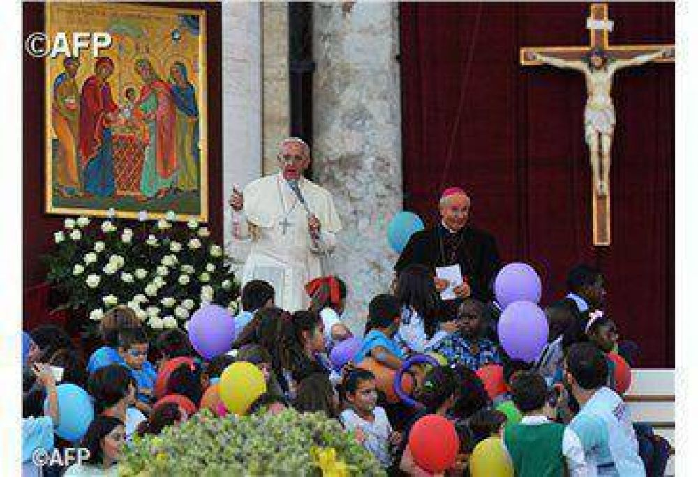 Papa: las familias numerosas son una esperanza para la sociedad
