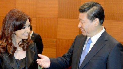 El nuevo convenio con China permite eludir licitaciones y habilita la llegada de trabajadores orientales