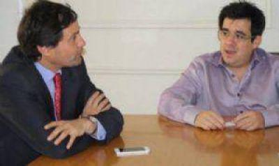 An�bal Pittelli y el Ministro sciolista Arl�a se cruzaron fuerte v�a twitter