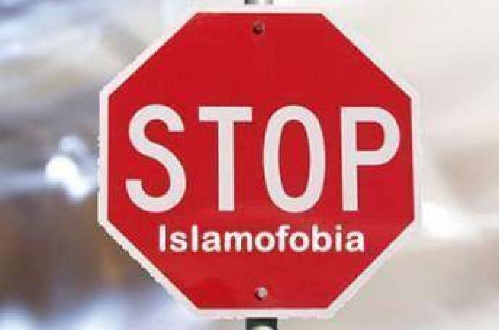 Decenas de miles de alemanes firman petición contra islamofobia