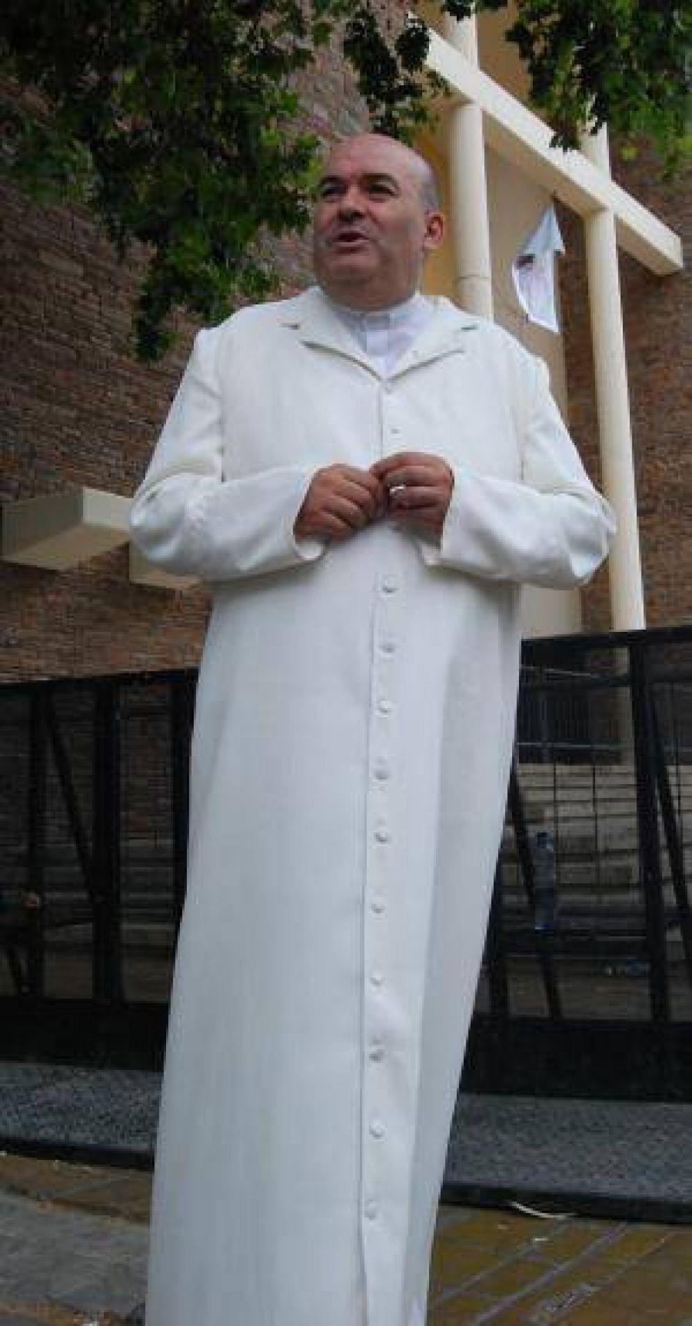 Trasladan a Jáchal al párroco de la Catedral