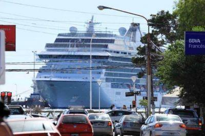 Recaló en Madryn uno de los cruceros más grandes de la temporada