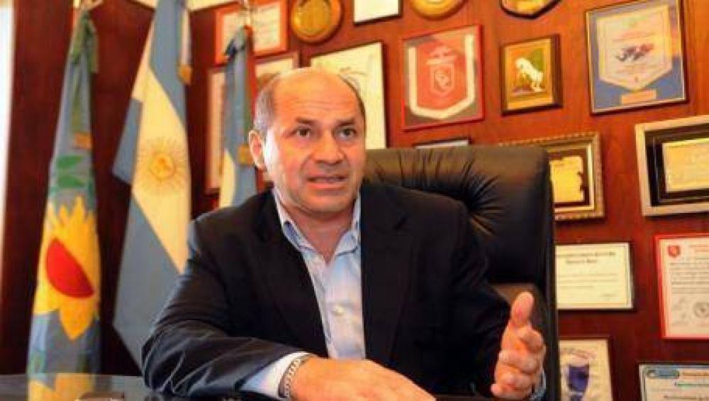 Ensenada dio 40% de aumento a los empleados municipales