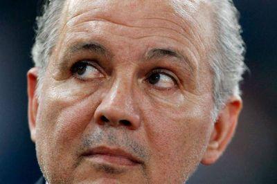 Alejandro Sabella habló de todo: el gol que falló Higuaín, los deseos de dirigir en 2015 y su fuerte defensa al kirchnerismo