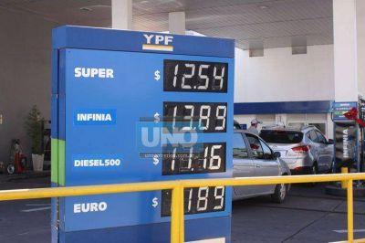 La rebaja del combustible ya se observa en los surtidores
