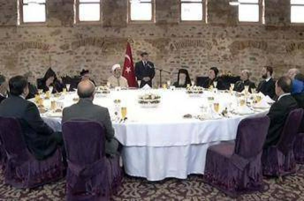 Gobierno turco autorizó la construcción de una iglesia en Estambul